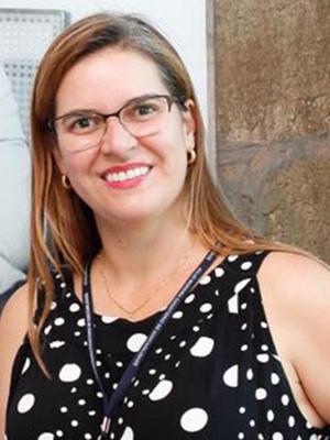 CAROLINE COLAMARCO FERREIRA RESENDE